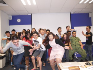 PTDipMComm19 Marketing Principles Class photo (naughty shot take 1)