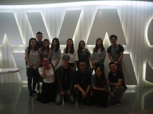 group-photo-at-havas-media-with-jason-strongerhead