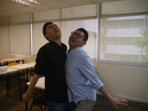 jason-tan-strongerhead-fun-pic-with-curtin-students